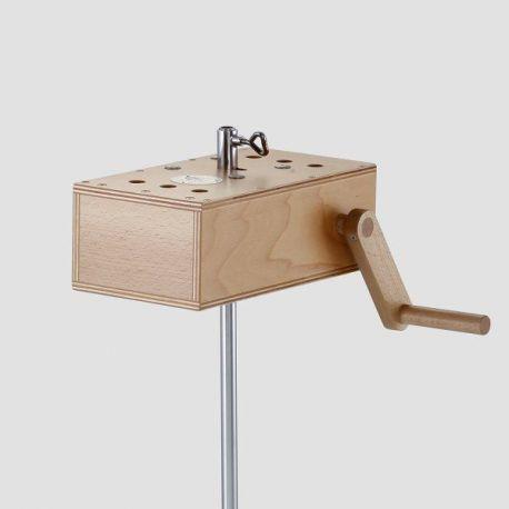 Crécelle avec boîte de résonnance